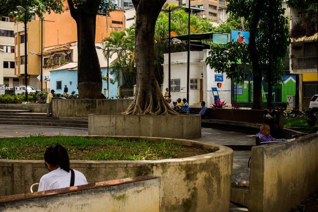 plaza bolívar de chacao-6