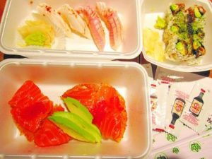 maki-sushi-and-thai