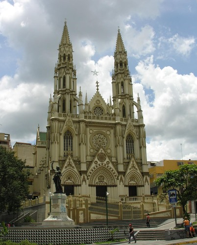 iglesia-nuestra-senora-de-lourdes