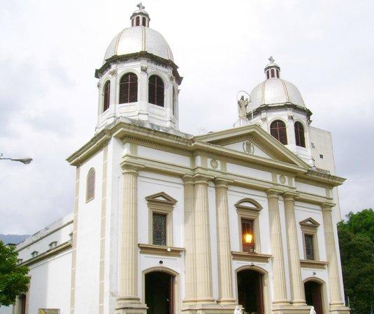 iglesia-nuestra-senora-de-las-mercedes